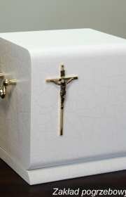 Urna do kremacji kw 6 bok w usługach pogrzebowych elegia