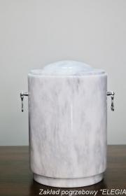 Kamienna urna pogrzebowa do kremacji i pogrzebów w warszawie