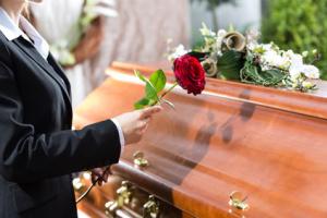 Trumna na pogrzebie zakład pogrzebowy w warszawie