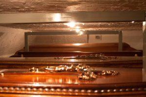 Dębowe trumny zakład pogrzebowy warszawa elegia