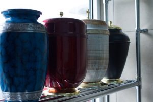 ceramiczne urny kreamacyjne elegia zakład pogrzebowy grochów