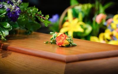 Jak postępować w przypadku śmierci bliskiej osoby
